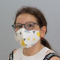 Renkli Üçgen Desenli Çocuk Maskesi